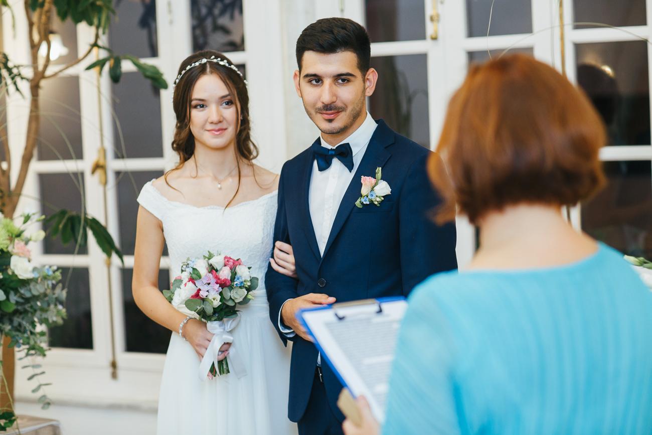 חתונה של שמונה אנשים ביפו העתיקה
