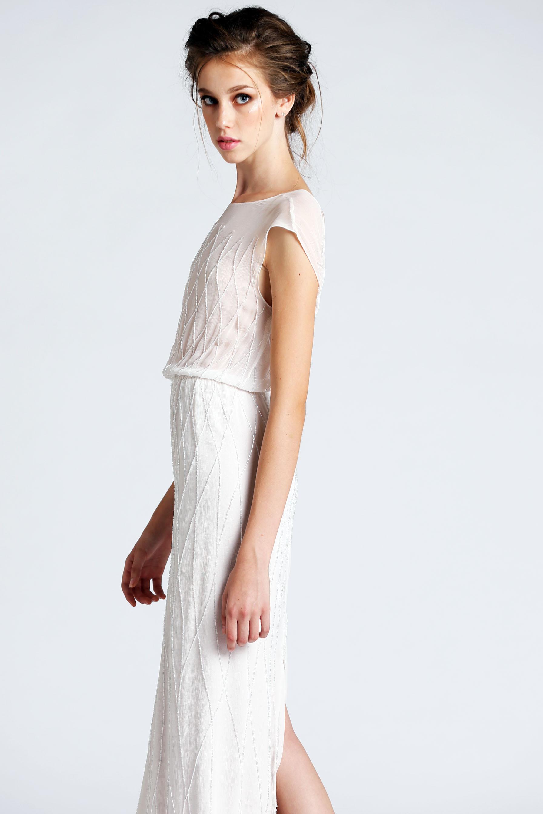 B Ready: קולקציית שמלות עד 5500 שח