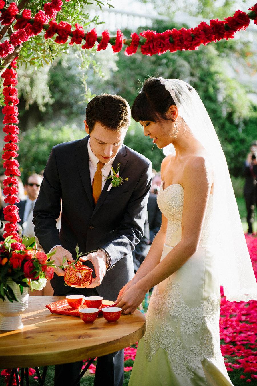 10 מנהגי חתונות מסביב לעולם