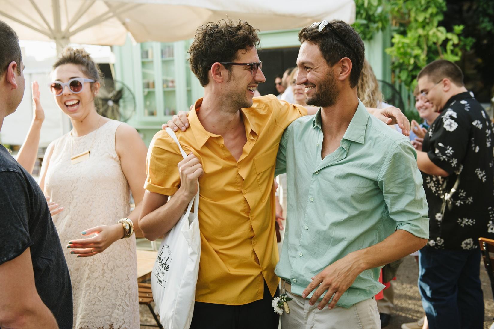 חופשי על הבר: 8 דברים שצריך לדעת כשמתחתנים בבר