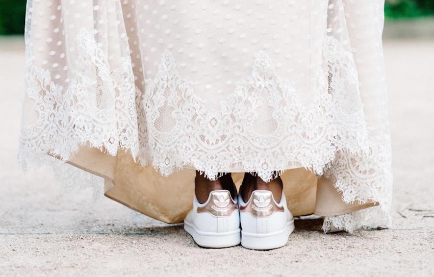 סניקרס לחתונה: 9 זוגות מושלמים ליום הגדול