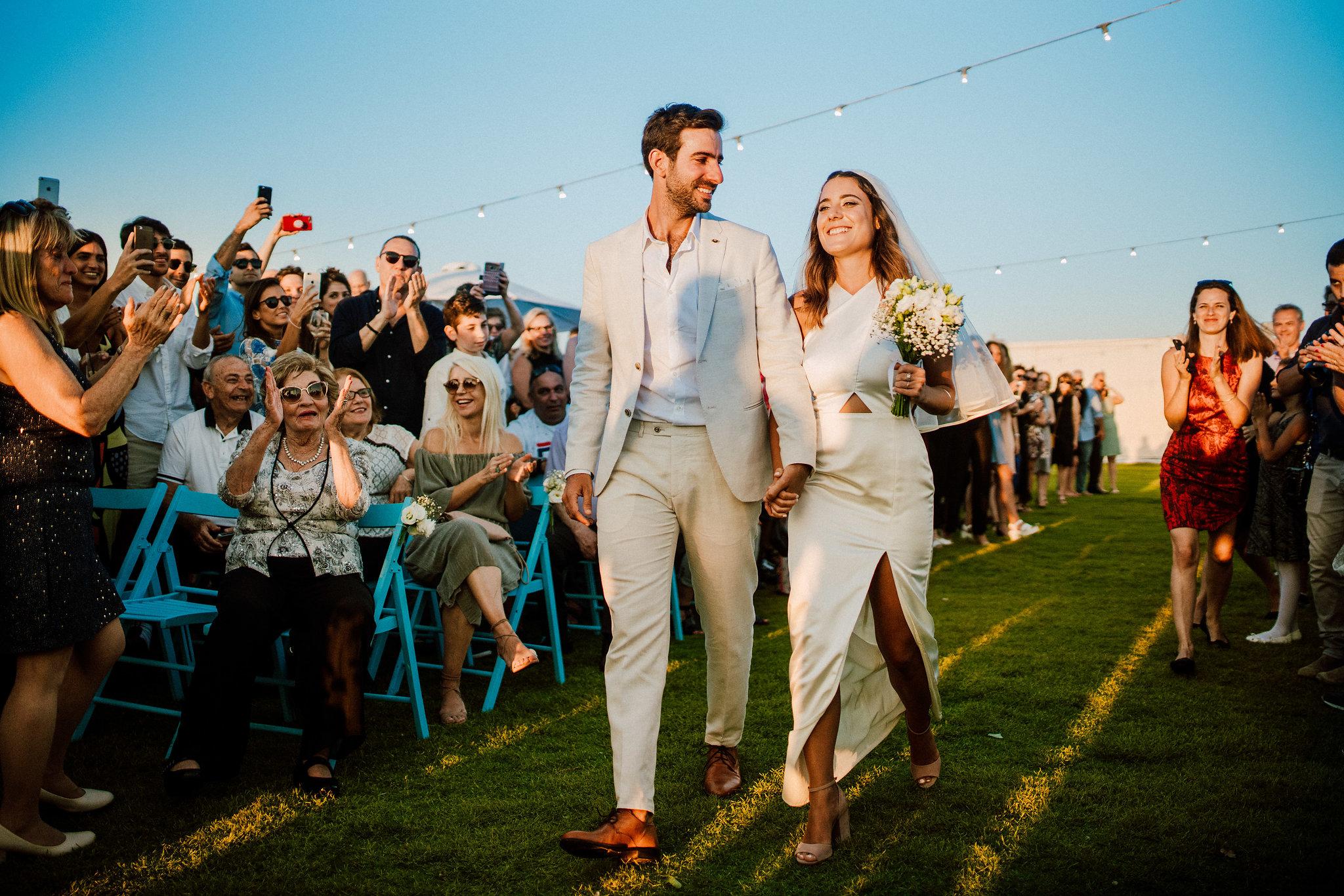 השאלות שאתם חייבים לשאול צלם לפני שתסגרו אותו לחתונה