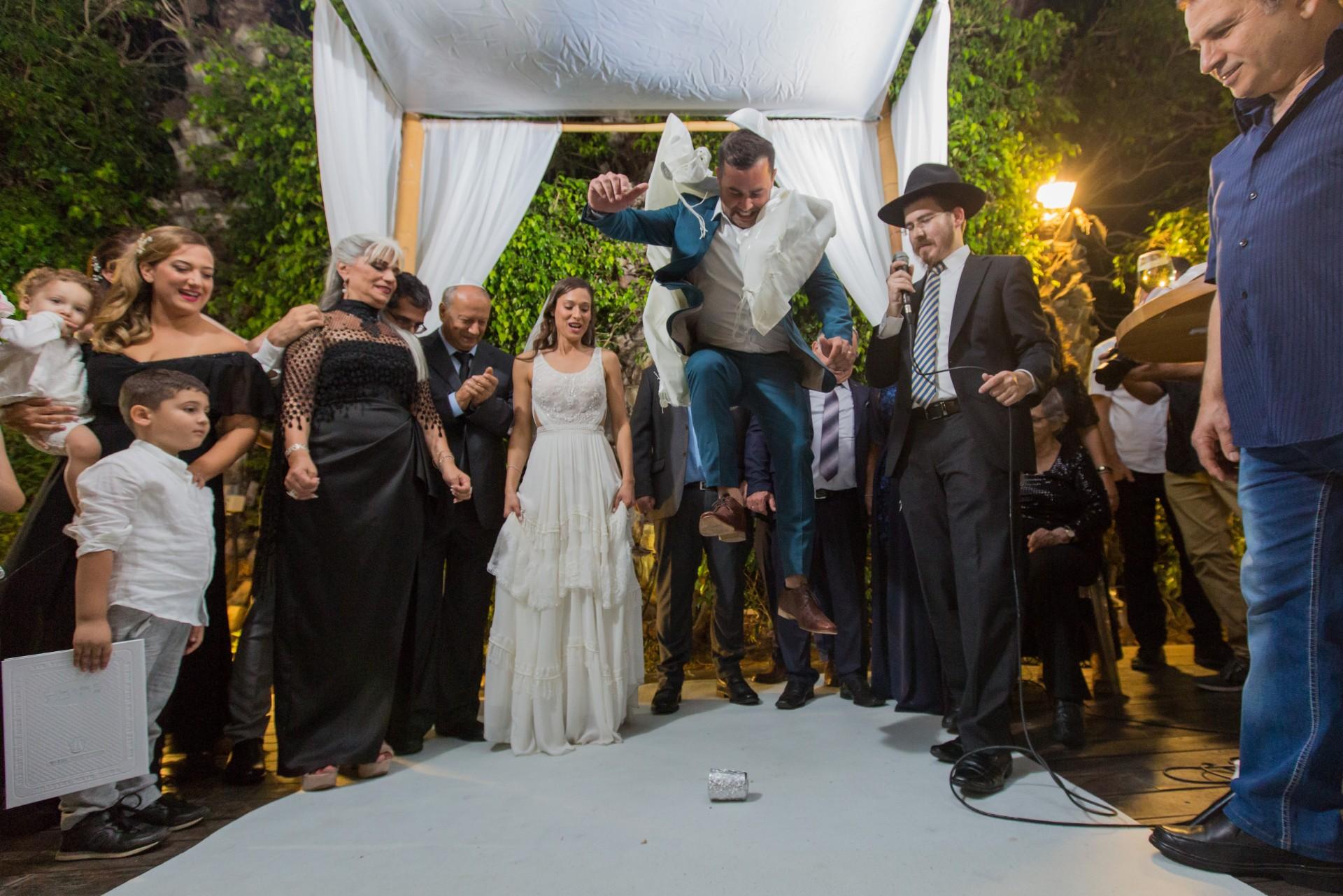 חוק המספרים הגדולים: כך יוצרים חתונה רבת משתתפים