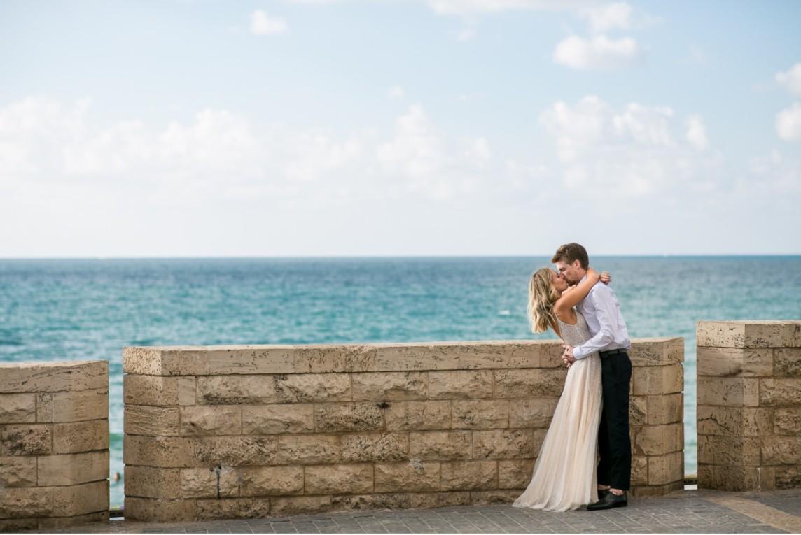 השמלה שנבחרה לפני הצעת הנישואין: החתונה של עדי ודן