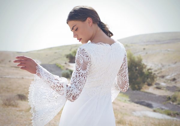 האורך כן קובע: 19 שמלות כלה צנועות ושוות במיוחד
