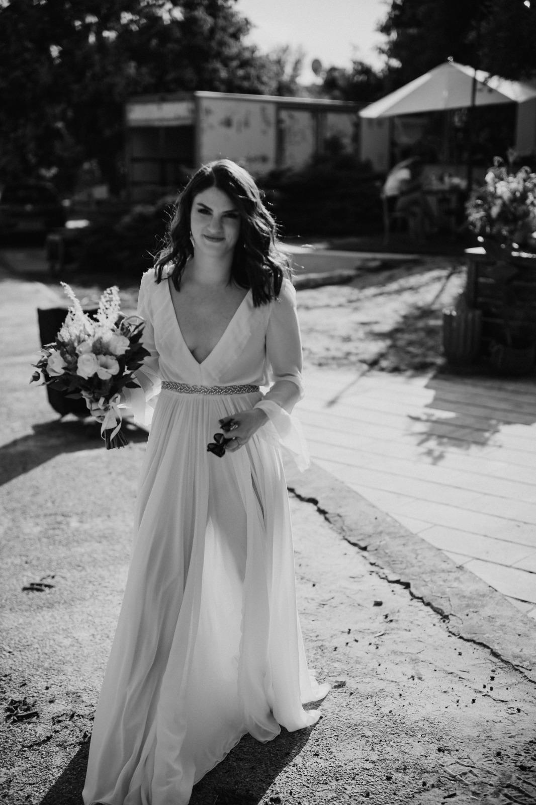 חתונת חצר אינטימית באווירה רומנטית