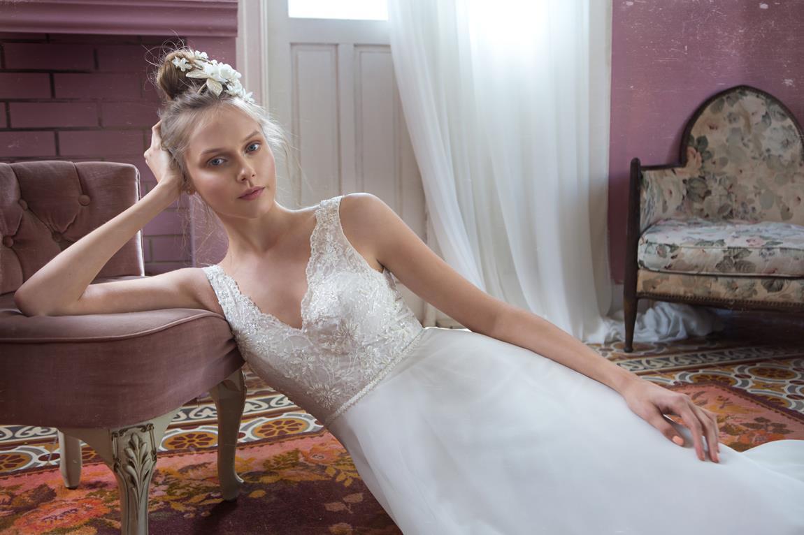 White Blush: טלי הנדל