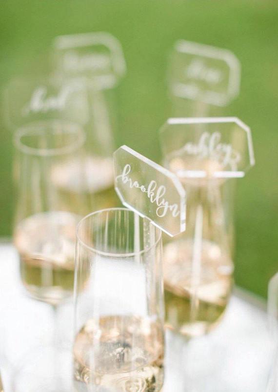 9 פריטי עיצוב הורסים מ - ETSY לחתונה