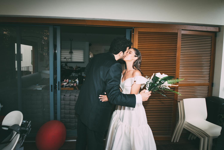 גלאם על מגרש הטניס: החתונה הרותחת של נעה ואסף