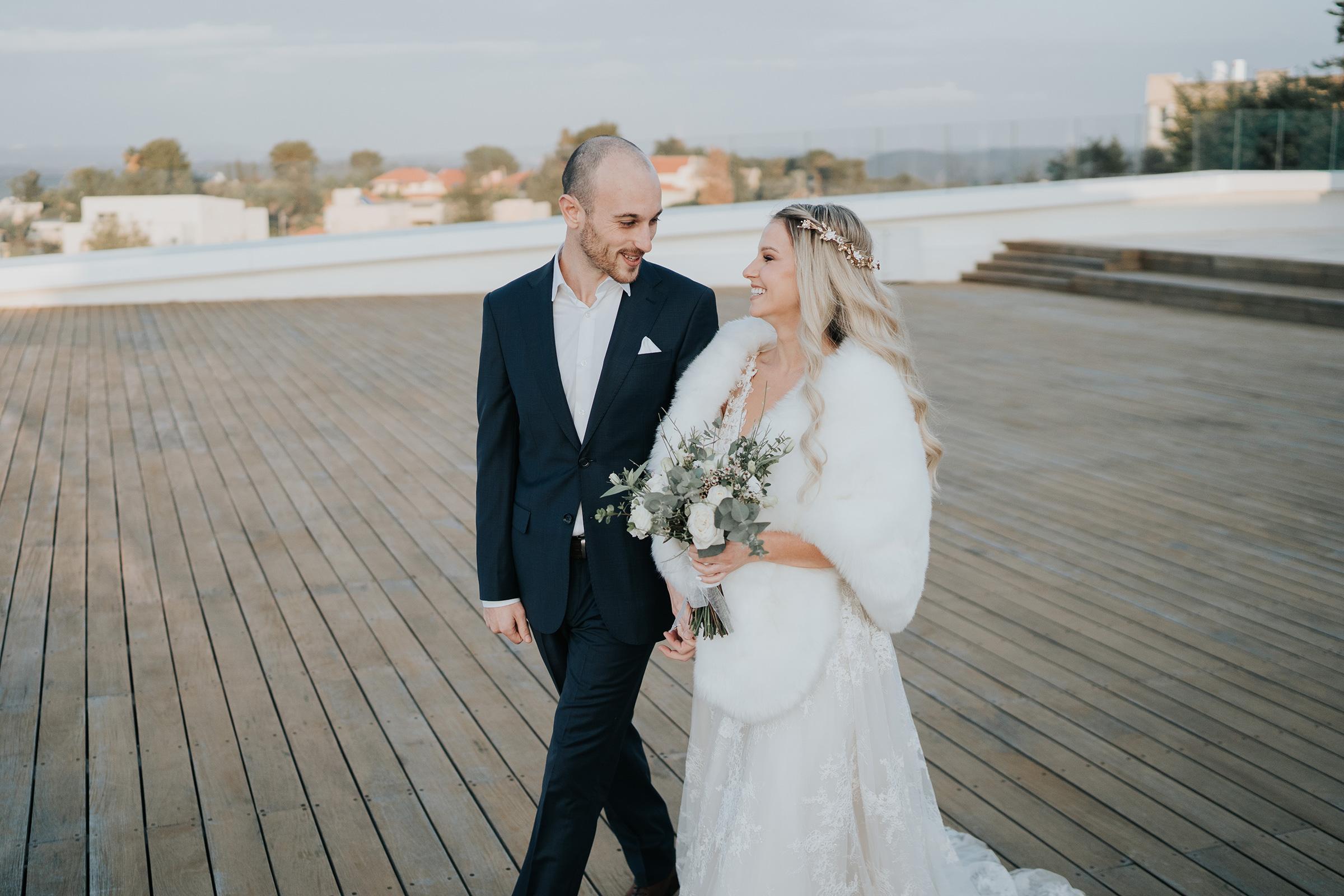 נגיעות של שמש: החתונה של אנה ותום