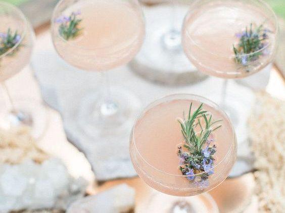 5 טיפים לחיסכון בעלויות האלכוהול בחתונה