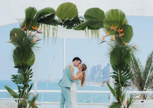 חתונה מול הים ואפטר פארטי על החוף