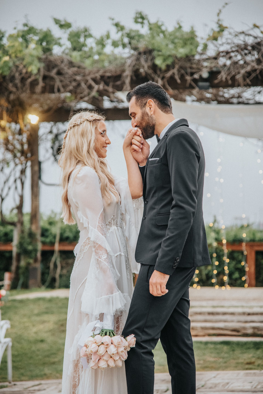 ורוד ורומנטי: כשטבעת האירוסין היא ההשראה לעיצוב החתונה