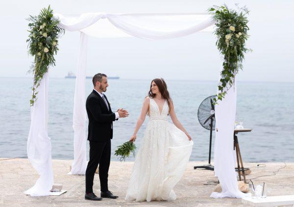 קשת פנינים ונעלי דיור: החתונה מלאת הסטייל של ולריה ויצחק
