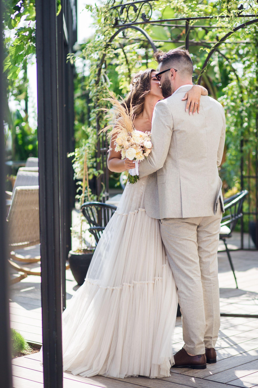 פסטיבל בוהמייני מרהיב: החתונה החלומית של אדר ומקס