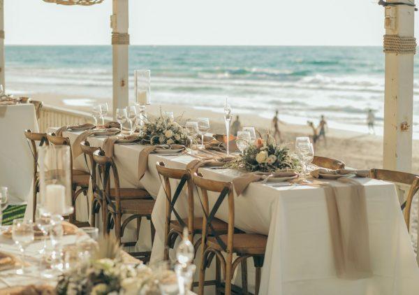 שקיעה קיצית: החתונה החלומית של טוי ומור
