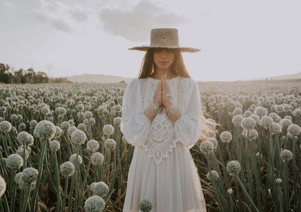 הקיץ הזה תלבשי לבן: הפקת אופנה לשבועות