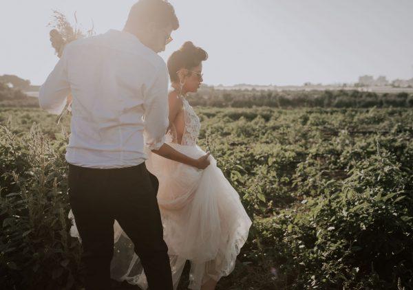 התחתנו בבית: ההגבלות וספקים בבידוד לא עצרו את חתונת החלומות שלהם
