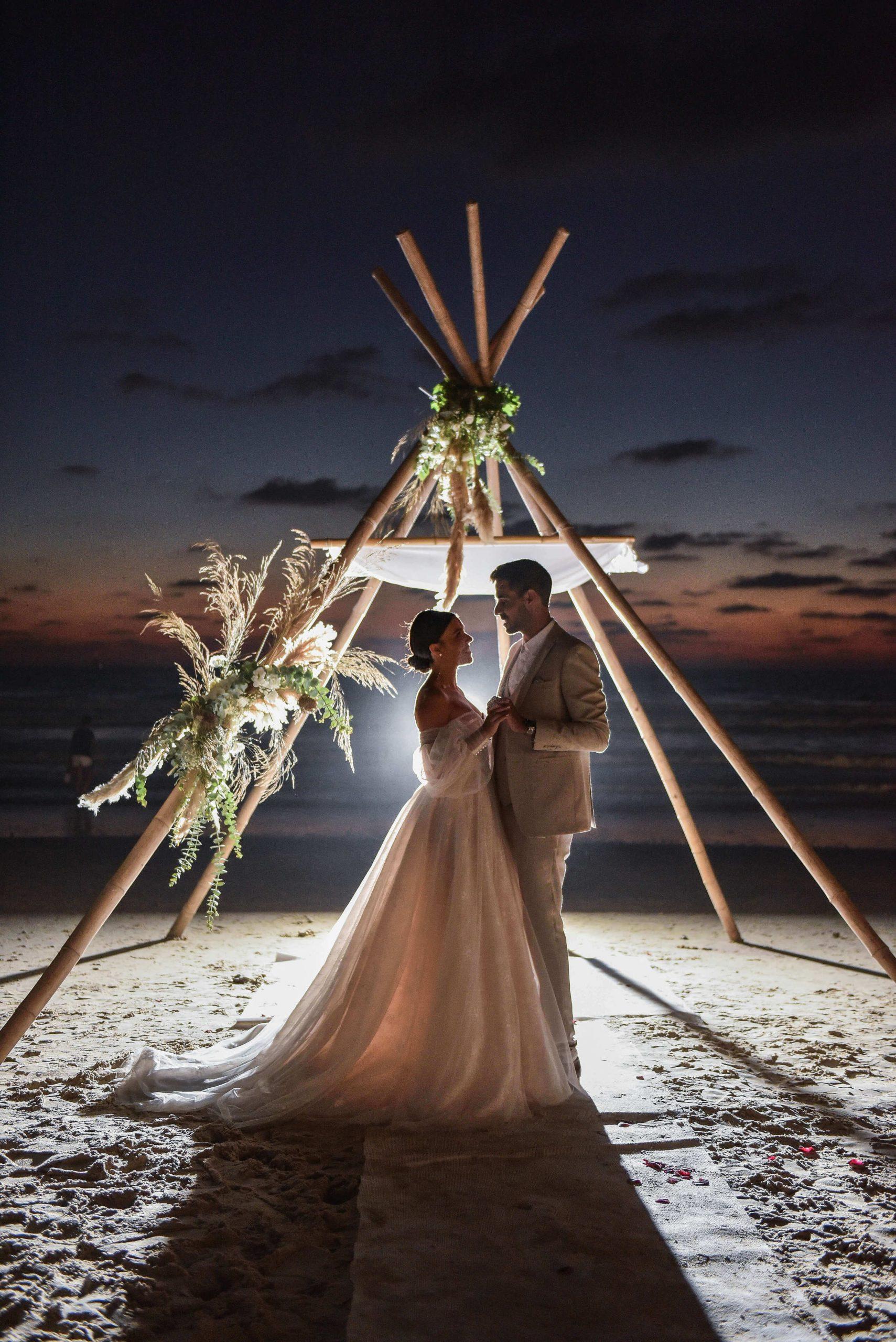 חתונה קטנה ומרגשת במסעדת חוף בהרצליה
