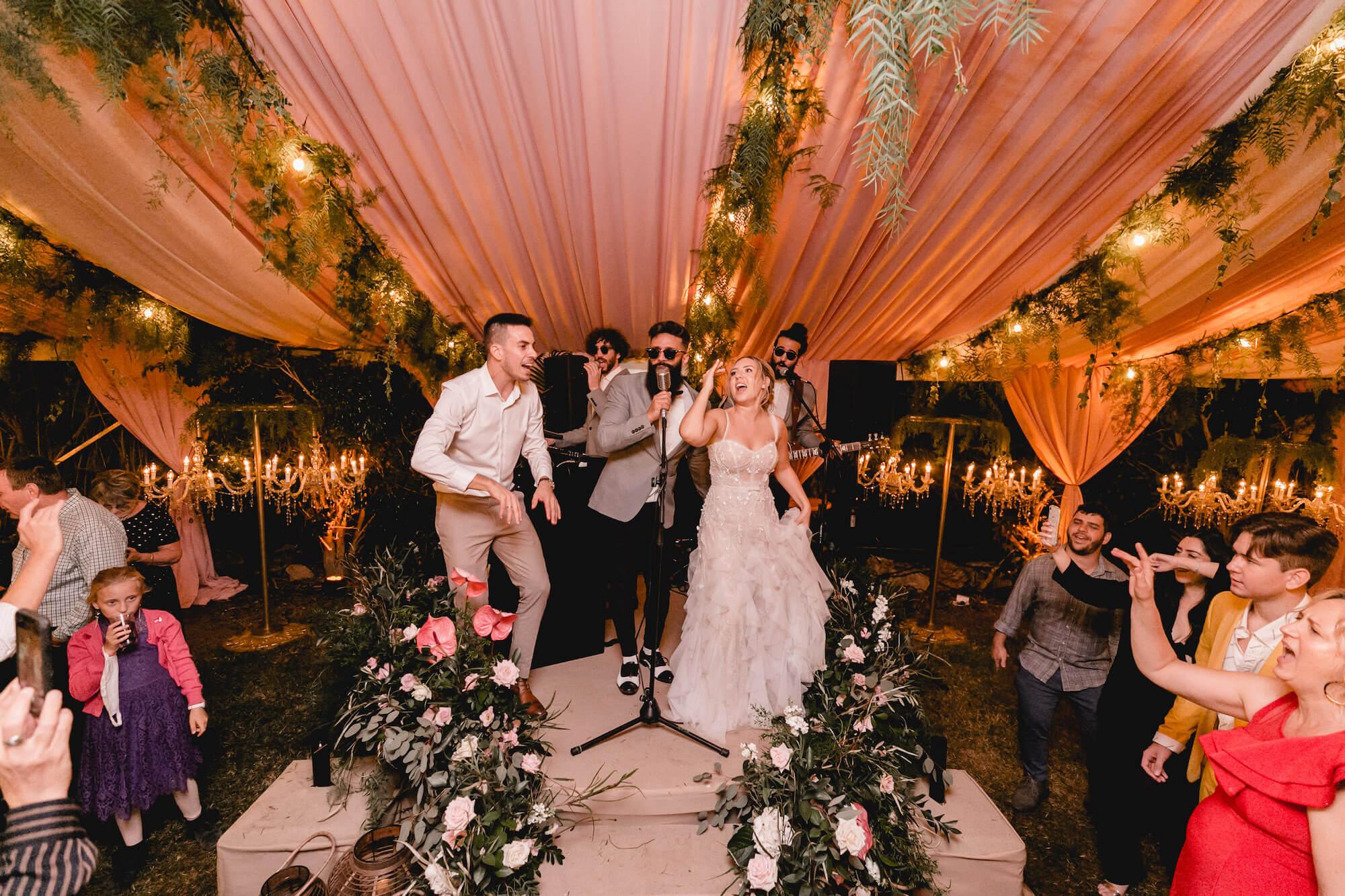 חתונה בצל הקורונה: עשרה רגעים מ2020