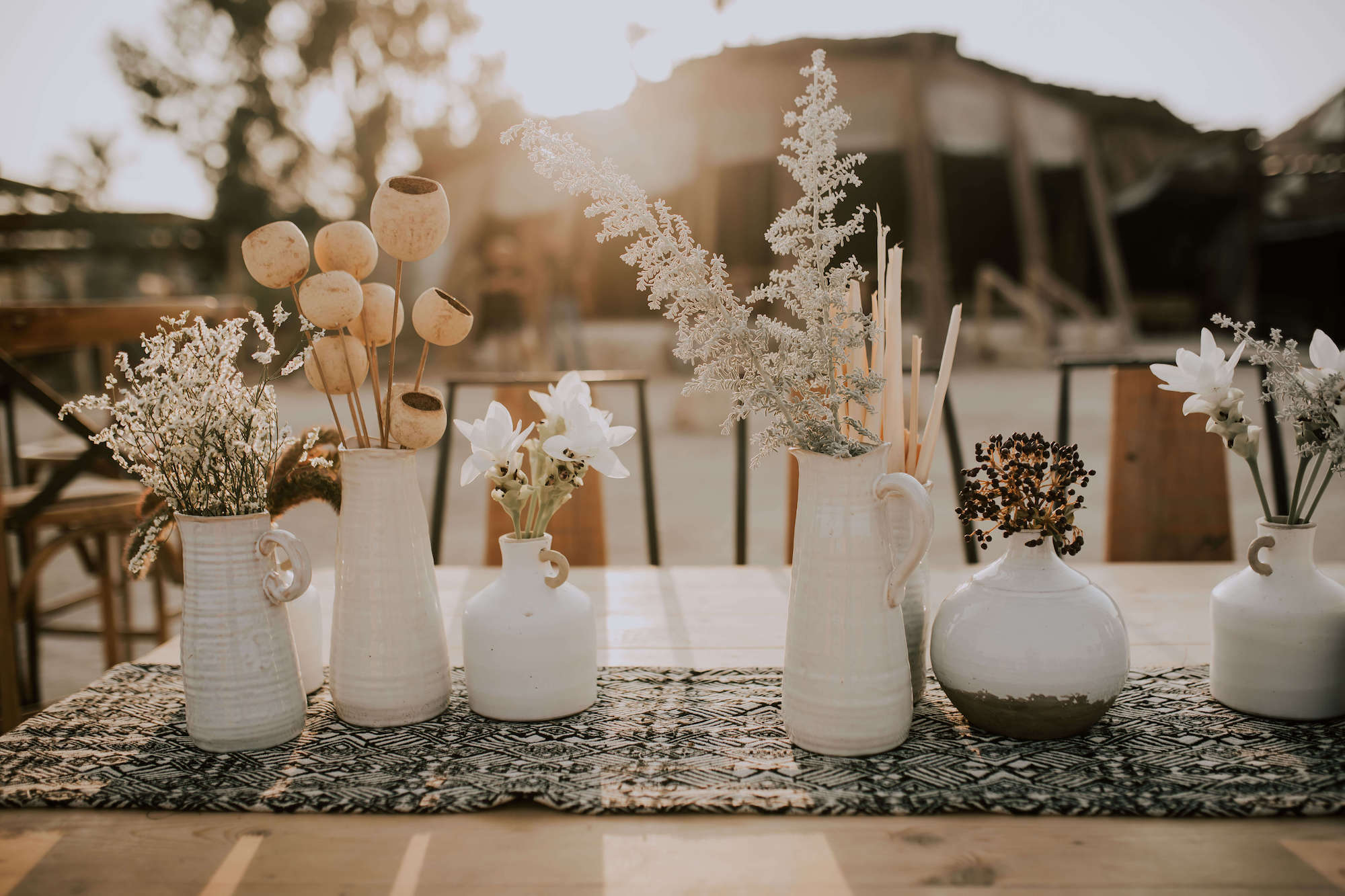 לא רק פאמפס: עיצובי החתונה הכי וואו של 2020