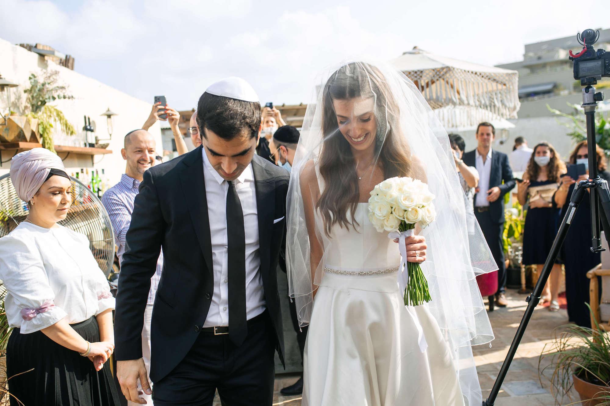 קלאסיקה יפואית: החתונה הקטנה של נטלי ואילן
