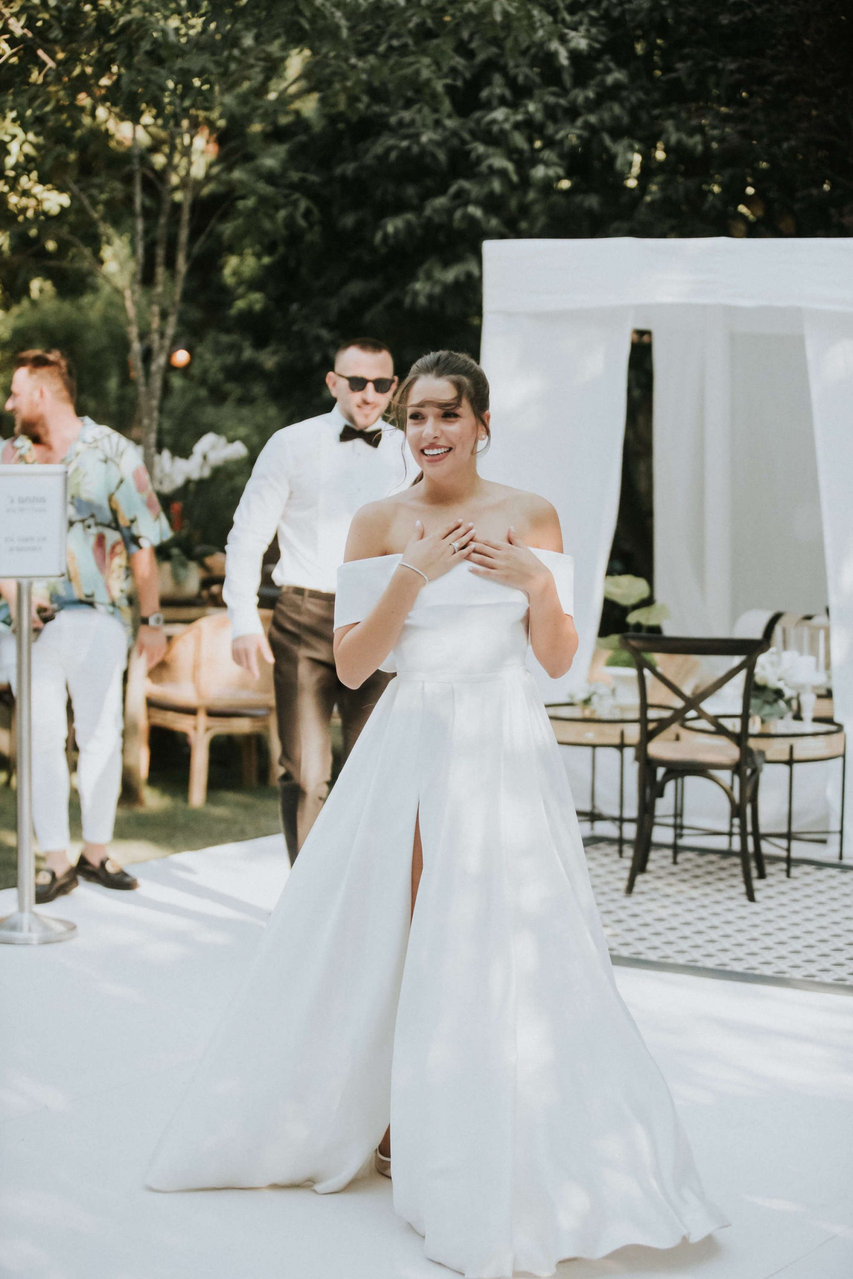 חתונת חצר יפיפיה: יובל ומורן