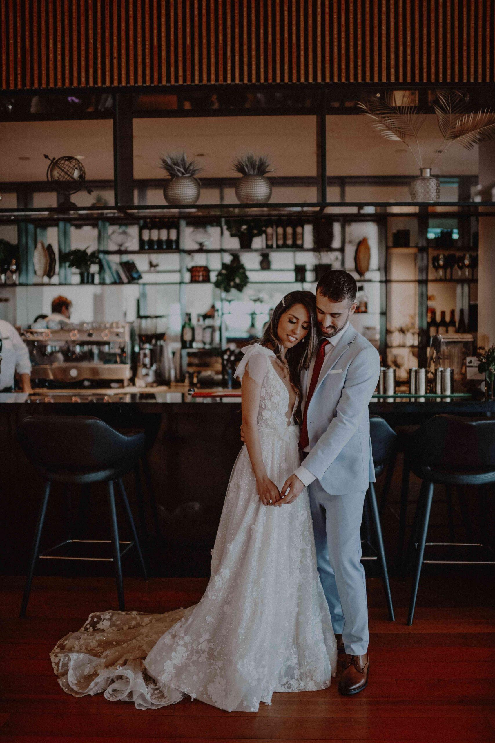 חופת שקיעה מול הים: החתונה של מאיה ואסף
